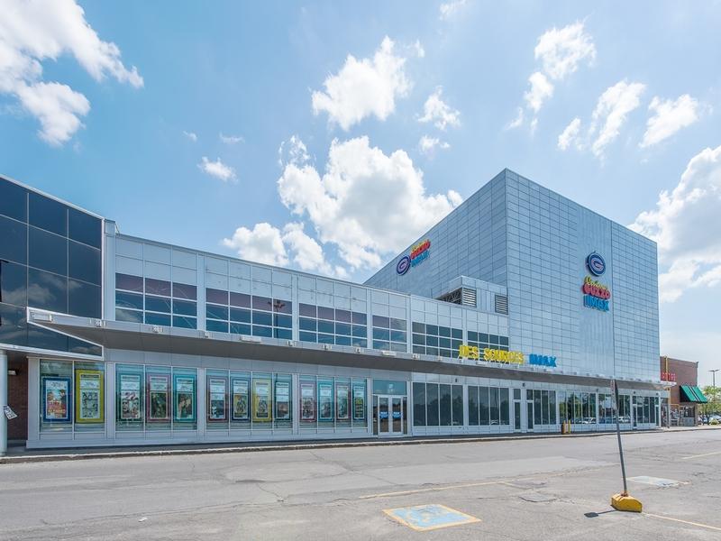 Shopping center for rent in Dollard-des-Ormeaux at Galeries-des-Sources - Photo 02 - RentersPages – L180990