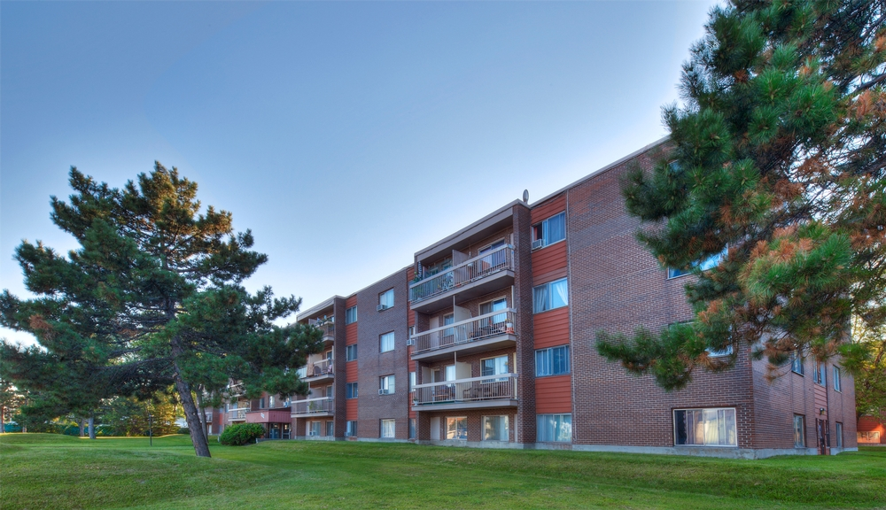 1 bedroom Apartments for rent in Laval at Papineau Leblanc - Photo 03 - RentersPages – L9529