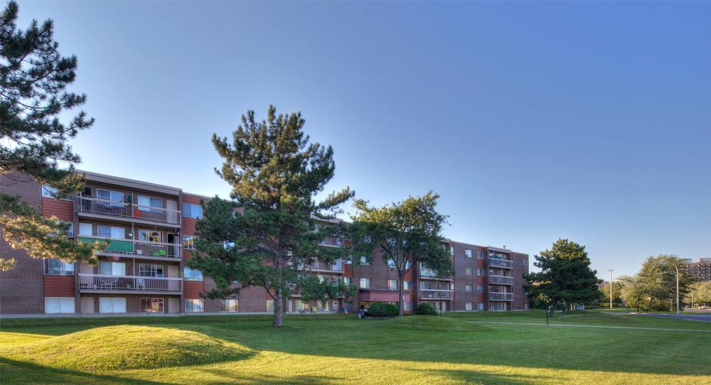 1 bedroom Apartments for rent in Laval at Papineau Leblanc - Photo 04 - RentersPages – L9529