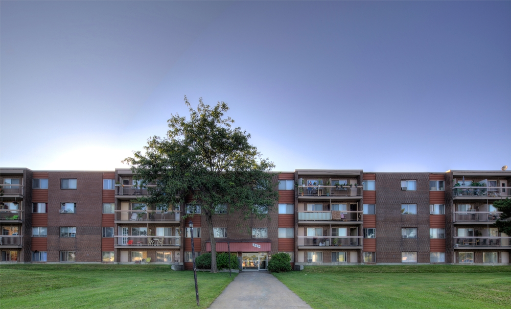 1 bedroom Apartments for rent in Laval at Papineau Leblanc - Photo 05 - RentersPages – L9529