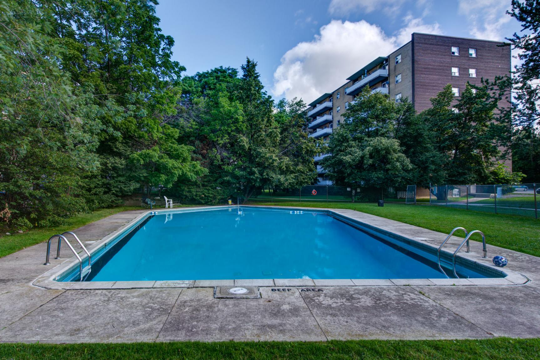 1 bedroom Apartments for rent in Toronto at Lake Promenade Community - Photo 26 - RentersPages – L140453