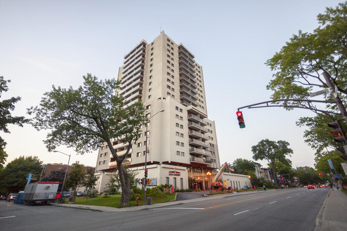 General office for rent in Quebec City at Le St-Laurent - Photo 01 - RentersPages – L18661