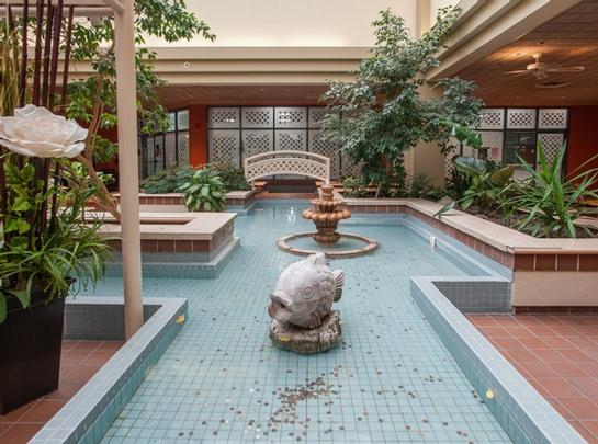 1 bedroom Independent living retirement homes for rent in Saint Lambert at Jardins Interieurs - Photo 08 - RentersPages – L19487