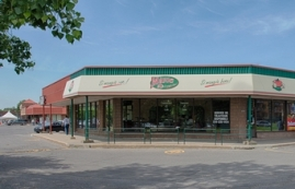 Strip mall for rent in Ville St-Laurent - Bois-Franc at Centre-3000 - Photo 01 - RentersPages – L18578