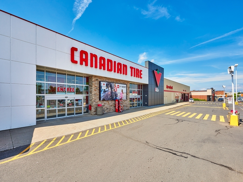 Strip mall for rent in Levis at Kennedy-Place - Photo 05 - RentersPages – L182899