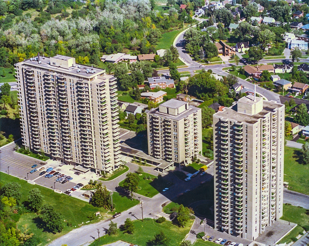 Studio / Bachelor Apartments for rent in Ottawa at Island Park Towers - Photo 06 - RentersPages – L23643