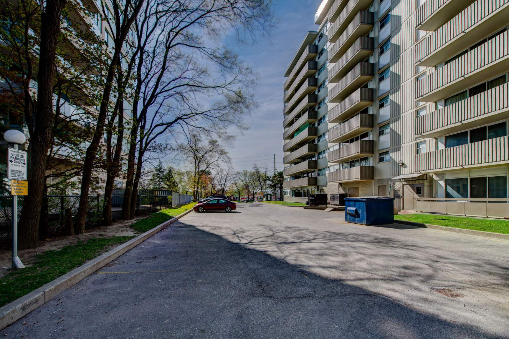 1 bedroom Apartments for rent in Mississauga at Royal Tower - Photo 04 - RentersPages – L138874