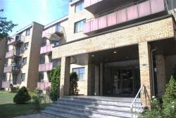 1 bedroom Apartments for rent in Ville St-Laurent - Bois-Franc at 2775 Modugno - Photo 01 - RentersPages – L8120