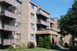 1 bedroom Apartments for rent in Ville St-Laurent - Bois-Franc at 2775 Modugno - Photo 03 - RentersPages – L8120