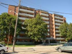 1 bedroom Apartments for rent in Mississauga at 1020 Shaw Drive - Photo 04 - RentersPages – L4570
