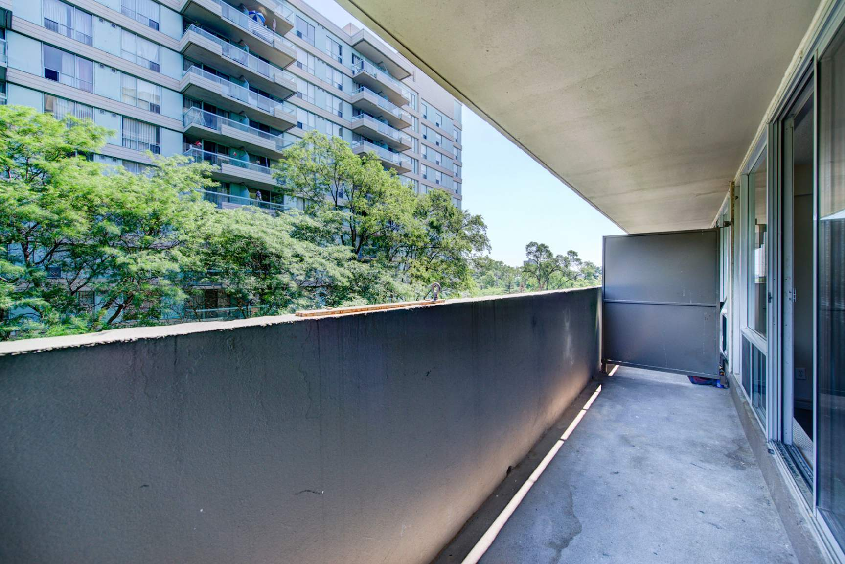 1 bedroom Apartments for rent in Mississauga at Embassy Apartments - Photo 22 - RentersPages – L138718