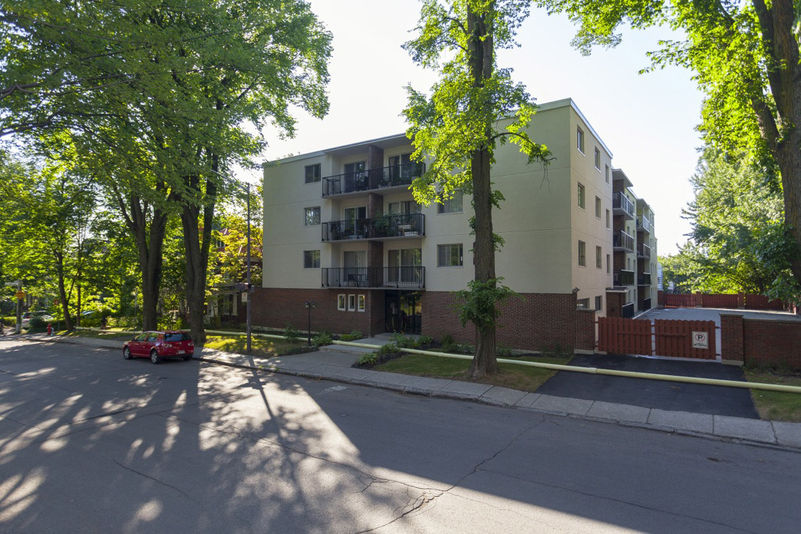 1 bedroom Apartments for rent in Quebec City at Appartements Pere-Marquette - Photo 01 - RentersPages – L396150