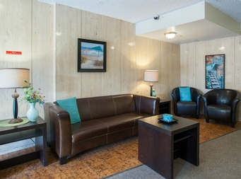 Studio / Bachelor Assisted living retirement homes for rent in Ahuntsic-Cartierville at Residences Tournesol - Photo 03 - RentersPages – L19539