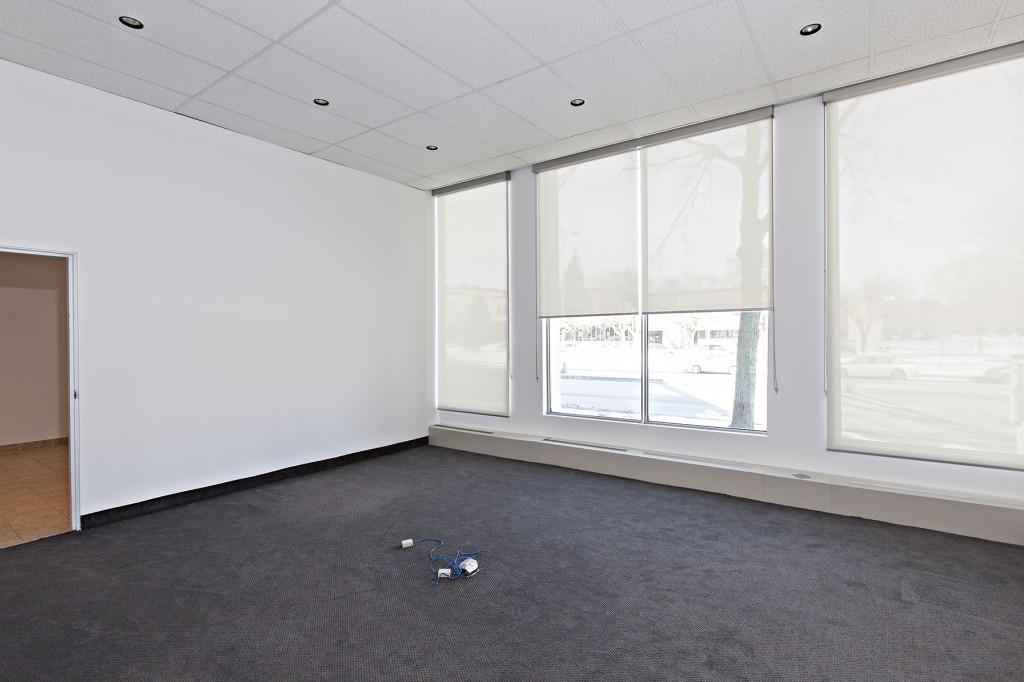 General office for rent in Ville St-Laurent - Bois-Franc at 750 Marcel Laurin - Photo 08 - RentersPages – L12785