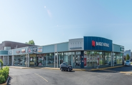 Shopping center for rent in Brossard at Carrefour Pelletier - Photo 01 - RentersPages – L179955