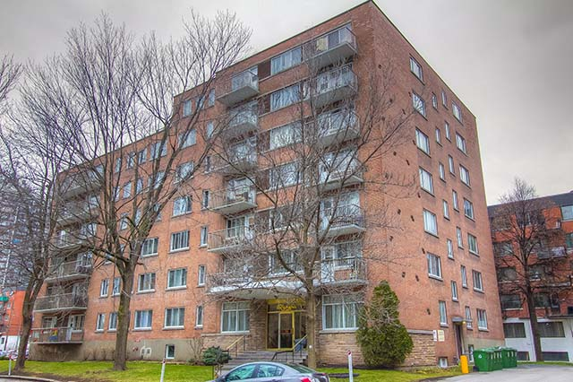 Studio / Bachelor Apartments for rent in Montreal (Downtown) at Riviera - Photo 01 - RentersPages – L355130