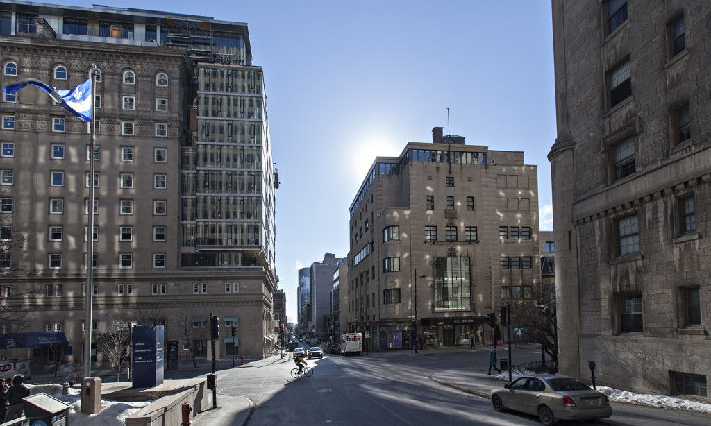 General office for rent in Montreal (Downtown) at 2160 De La Montagne - Photo 03 - RentersPages – L12760
