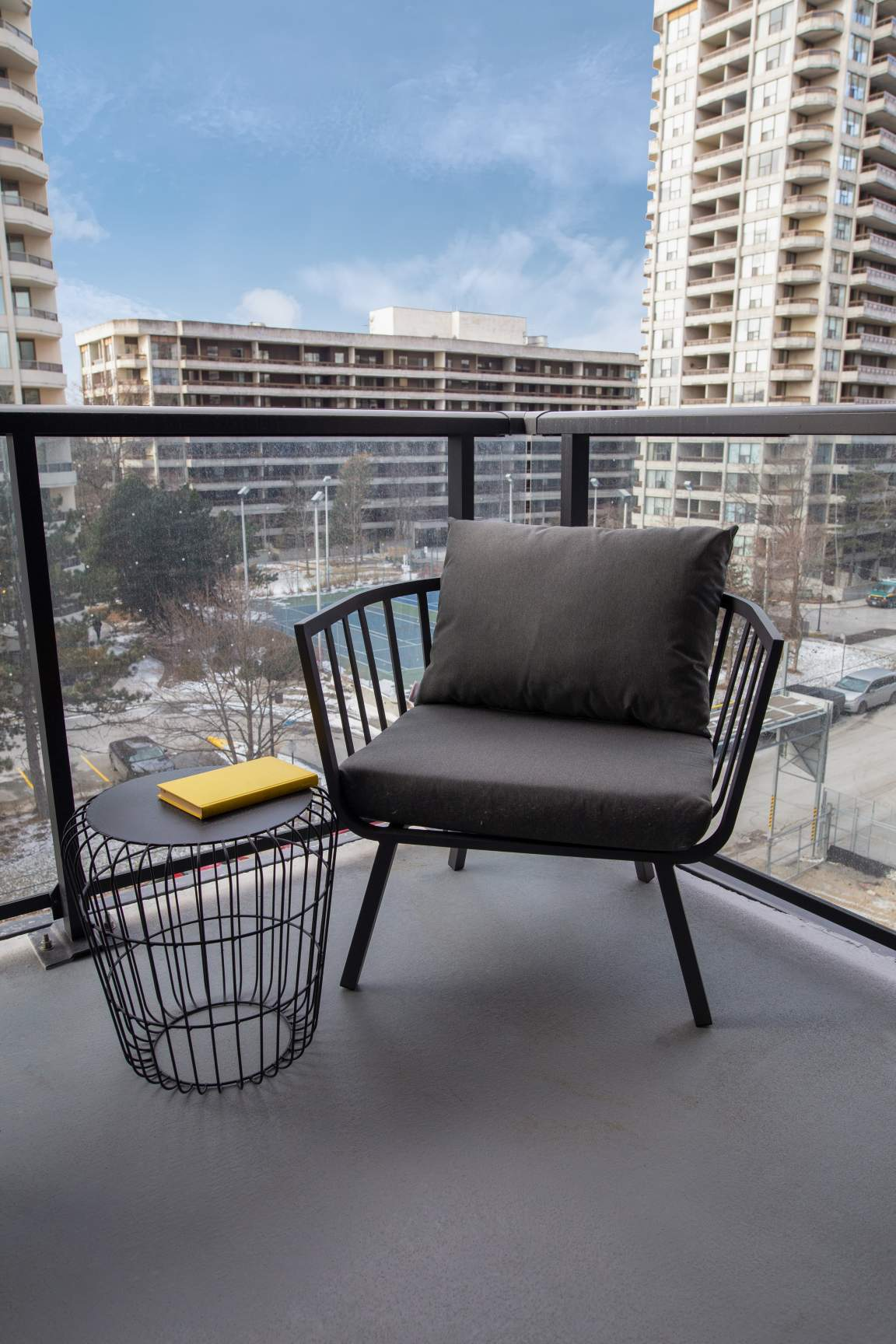 1 bedroom apartments for rent Toronto at The Livmore High ...