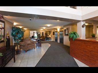 1 bedroom Independent living retirement homes for rent in Brossard at L Emerite de Brossard - Photo 02 - RentersPages – L19496