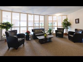 1 bedroom Independent living retirement homes for rent in Brossard at L Emerite de Brossard - Photo 03 - RentersPages – L19496