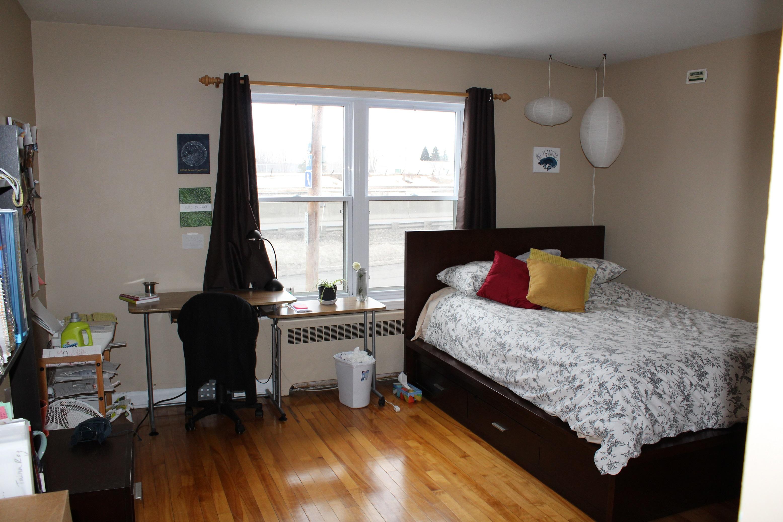 3 bedroom Apartments for rent in Sainte-Anne-de-Bellevue at Maple Brown - Photo 04 - RentersPages – L112101