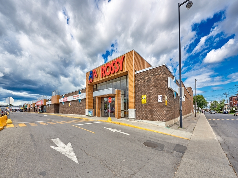 Shopping center for rent in Montreal-North at Forest-Shopping-Center - Photo 04 - RentersPages – L181583