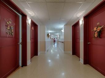 Studio / Bachelor Independent living retirement homes for rent in Magog at Residence Memphremagog - Photo 09 - RentersPages – L19096