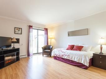 Studio / Bachelor Independent living retirement homes for rent in Magog at Residence Memphremagog - Photo 11 - RentersPages – L19096