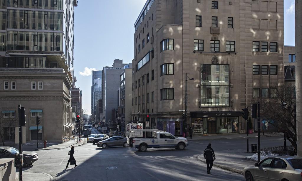 General office for rent in Montreal (Downtown) at 2160 De La Montagne - Photo 02 - RentersPages – L12761