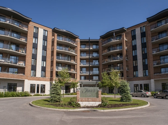 1 bedroom Independent living retirement homes for rent in Les Rivieres at Jazz Lebourgneuf - Photo 08 - RentersPages – L19558