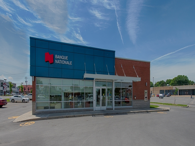 Shopping center for rent in Repentigny at Place-Repentigny - Photo 05 - RentersPages – L181013