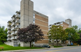 1 bedroom Apartments for rent in Dorval at Tours Dorval - Photo 01 - RentersPages – L5371