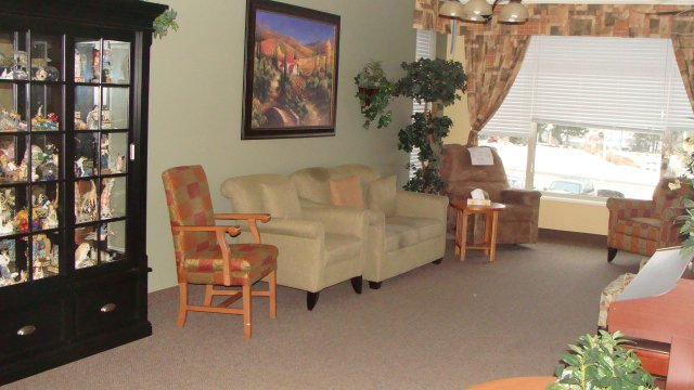 furnished Private Suite Assisted living retirement homes for rent in Osoyoos at Mariposa Gardens - Photo 01 - RentersPages – L128080