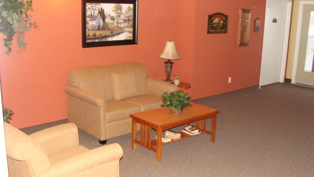 furnished Private Suite Assisted living retirement homes for rent in Osoyoos at Mariposa Gardens - Photo 03 - RentersPages – L128080
