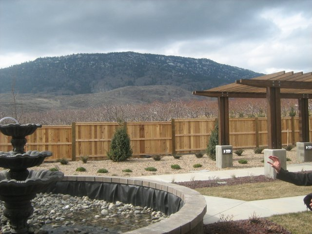 furnished Private Suite Assisted living retirement homes for rent in Osoyoos at Mariposa Gardens - Photo 04 - RentersPages – L128080