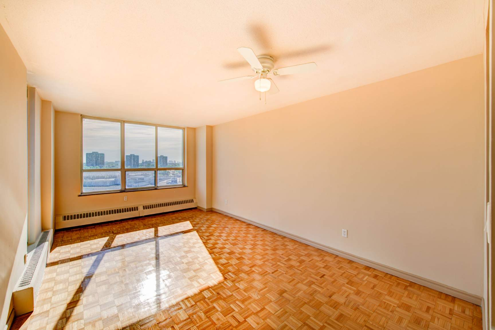 1 bedroom Apartments for rent in North-York at Hunters Lodge - Photo 13 - RentersPages – L400651