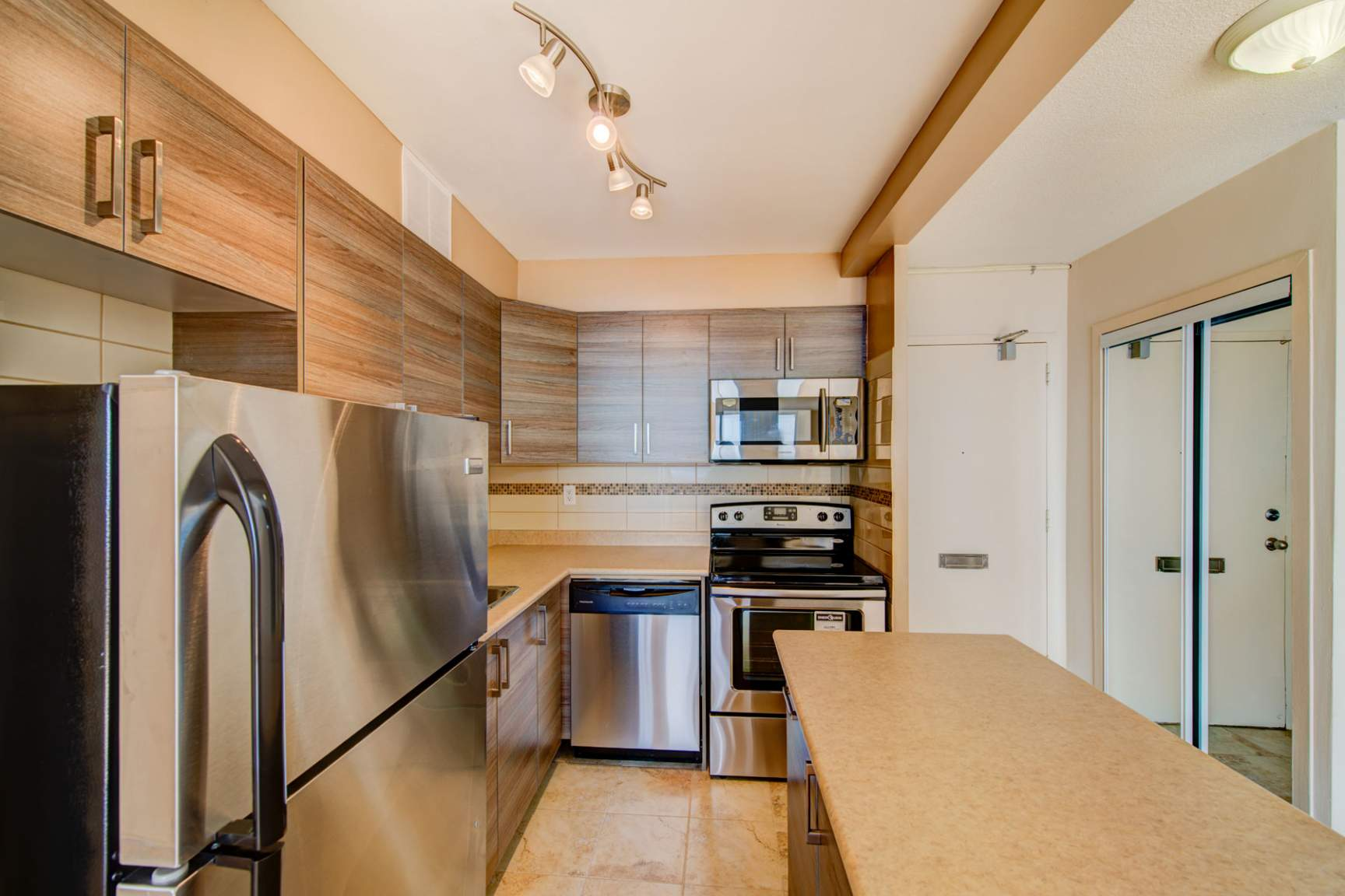 1 bedroom Apartments for rent in North-York at Hunters Lodge - Photo 12 - RentersPages – L400651