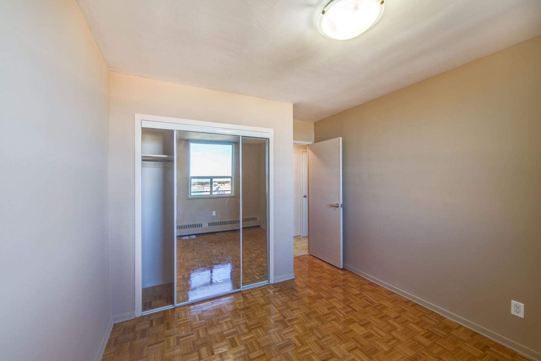1 bedroom Apartments for rent in North-York at Hunters Lodge - Photo 41 - RentersPages – L400651