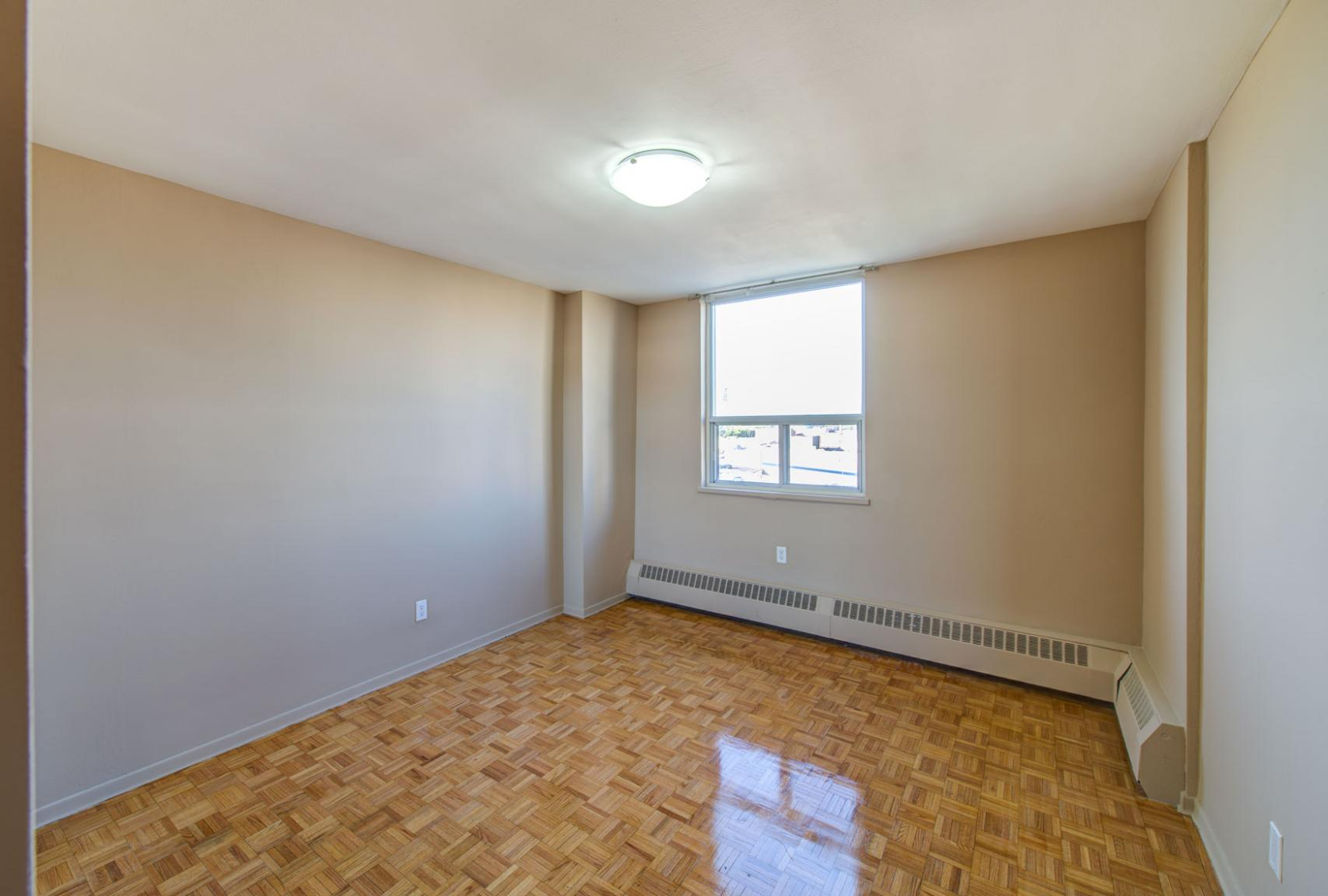 1 bedroom Apartments for rent in North-York at Hunters Lodge - Photo 42 - RentersPages – L400651
