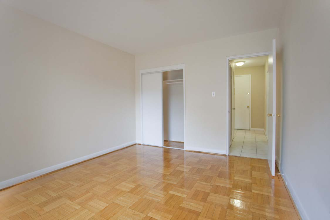1 bedroom Apartments for rent in Toronto at Broadway - Photo 07 - RentersPages – L395846