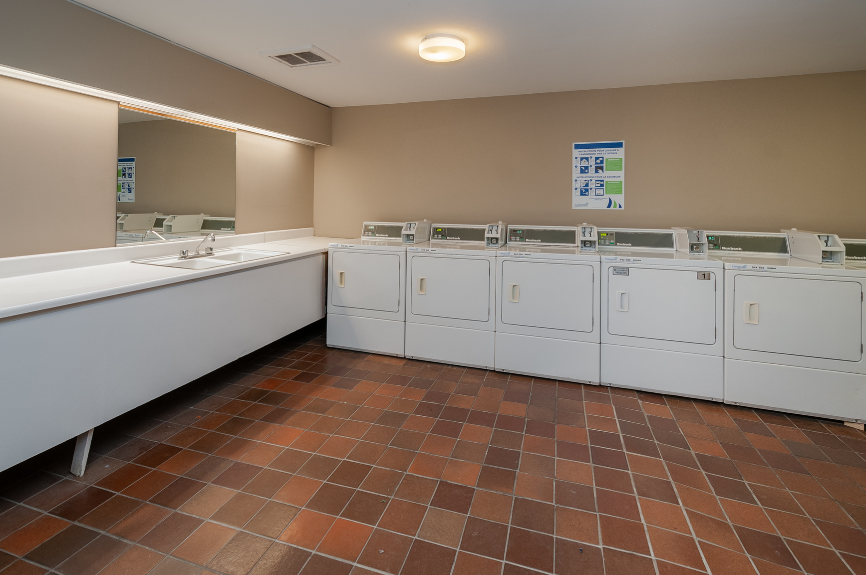 1 bedroom Apartments for rent in Quebec City at Place Samuel de Champlain - Photo 24 - RentersPages – L407129