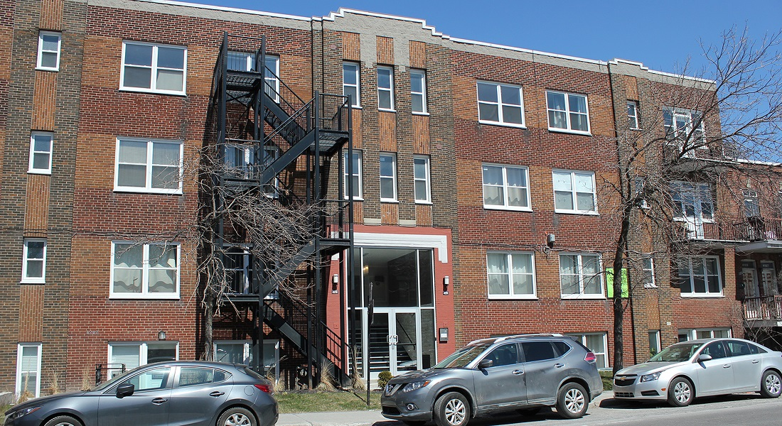 2 bedroom Apartments for rent in Cote-des-Neiges at 4201 Decarie - Photo 01 - RentersPages – L405868