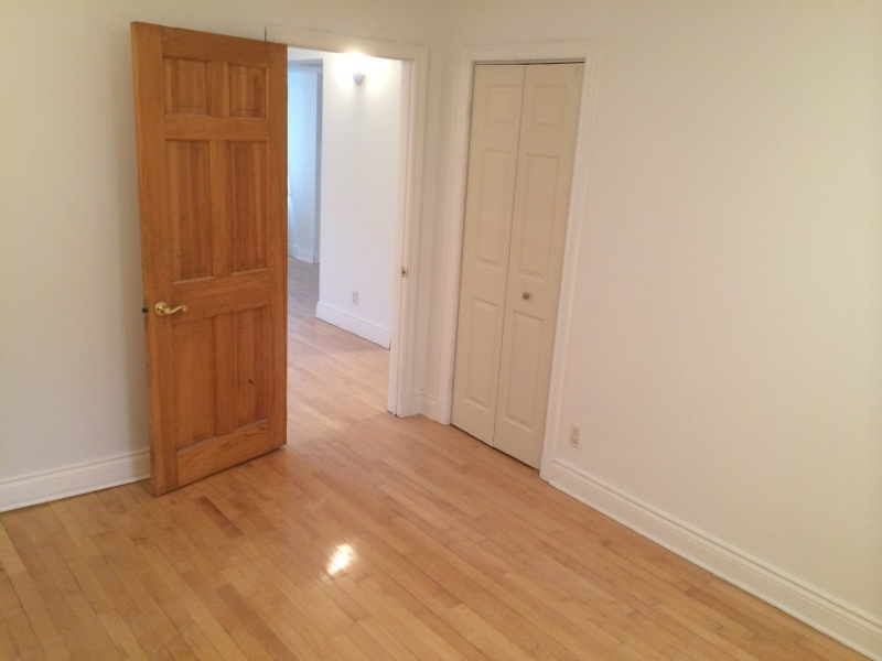 1 bedroom Apartments for rent in Cote-des-Neiges at 4201 Decarie - Photo 09 - RentersPages – L146808