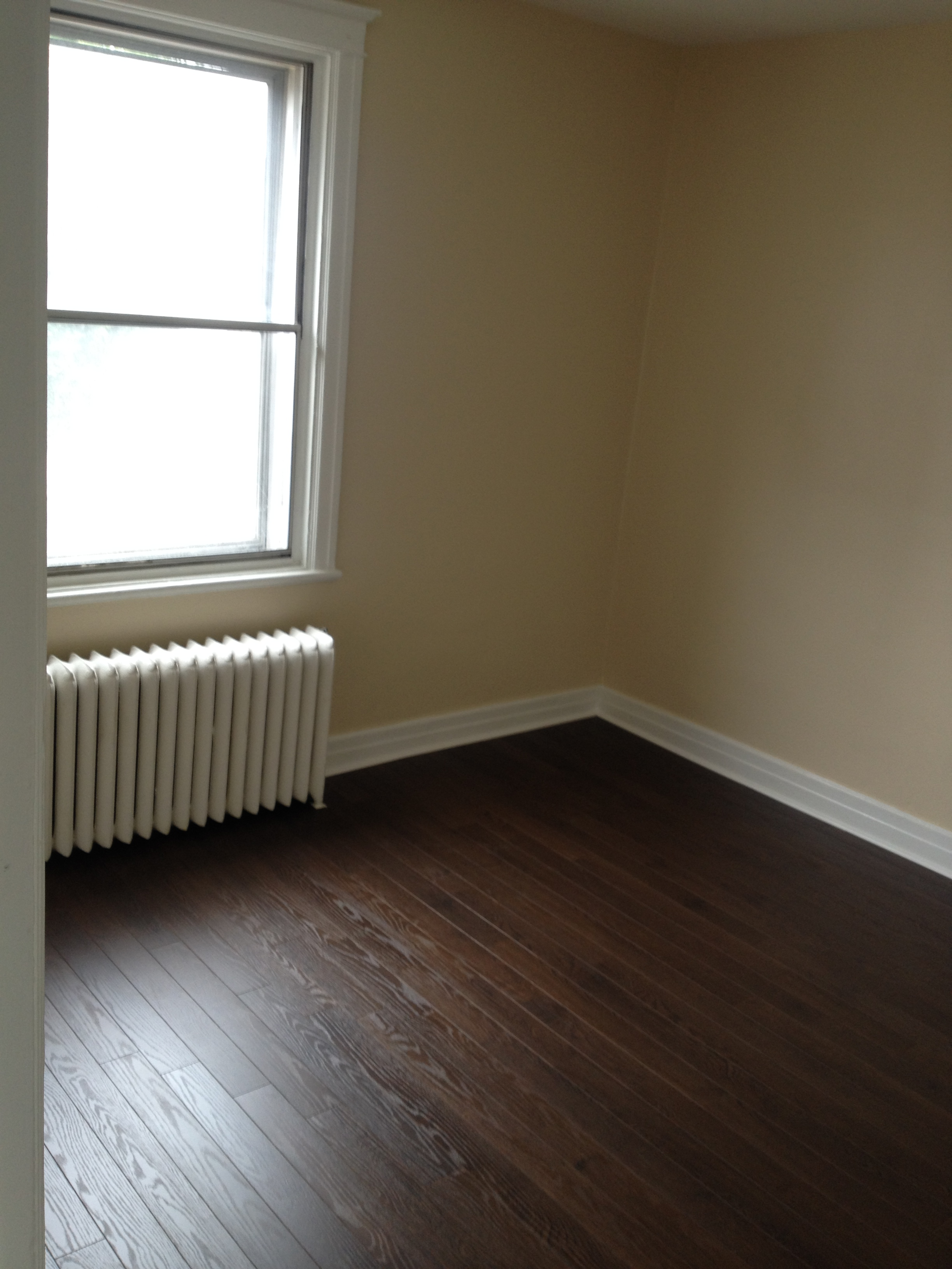 2 bedroom Apartments for rent in Cote-St-Luc at 5430 Cote Saint Luc - Photo 03 - RentersPages – L112094