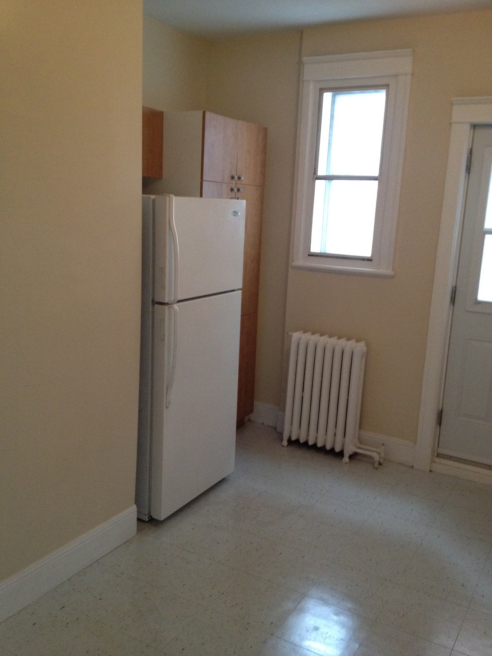 2 bedroom Apartments for rent in Cote-St-Luc at 5430 Cote Saint Luc - Photo 05 - RentersPages – L112094