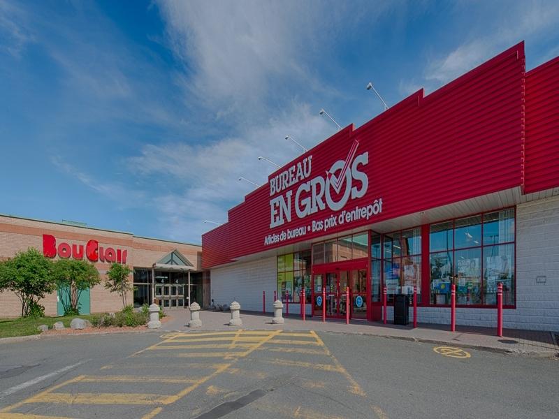 Shopping center for rent in Victoriaville at Grande-Place-Des-Bois-Francs - Photo 03 - RentersPages – L180997