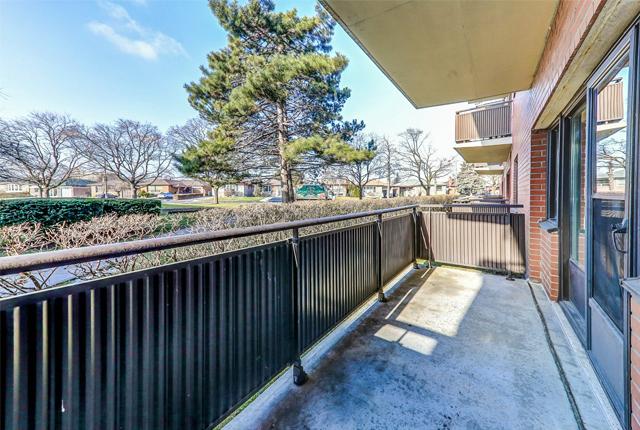 1 bedroom Apartments for rent in Etobicoke at West Park Village - Photo 02 - RentersPages – L395789