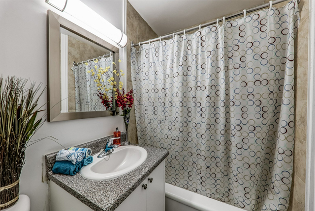 1 bedroom Apartments for rent in Etobicoke at West Park Village - Photo 07 - RentersPages – L395789