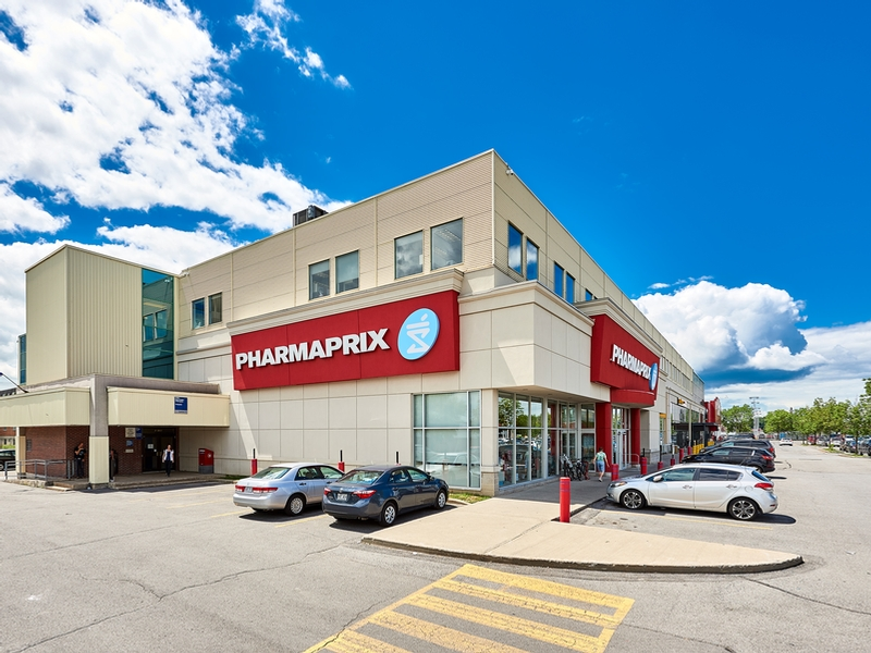 Strip mall for rent in Chateauguay at Chateauguay Shopping Centre - Photo 05 - RentersPages – L181579