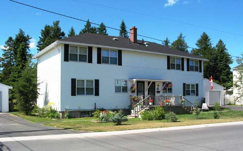 4 bedroom Independent living retirement homes for rent in Miramichi at Retirement Miramichi - Photo 04 - RentersPages – L22502